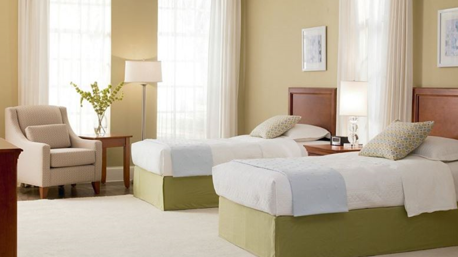 Thomasville Bridges Collection Guest Room Furinture